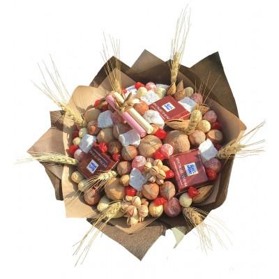 Купить букет из орехов в Москве